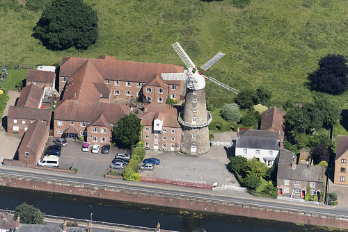maudfoster windmill boston lincs lincolnshire maudfosterdrain skirbeck granary above aerial nikon d810 hires highresolution hirez highdefinition hidef britainfromtheair britainfromabove skyview aerialimage aerialphotography aerialimagesuk aerialview drone viewfromplane aerialengland britain johnfieldingaerialimages fullformat johnfieldingaerialimage johnfielding fromtheair fromthesky flyingover fullframe