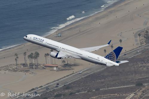 N74856 Boeing 757-300 United Airlines Los Angeles airport KLAX 14.09-18 | by rjonsen