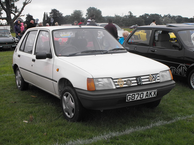 Peugeot 205 - G870 AKX