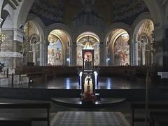 Lourdes 9