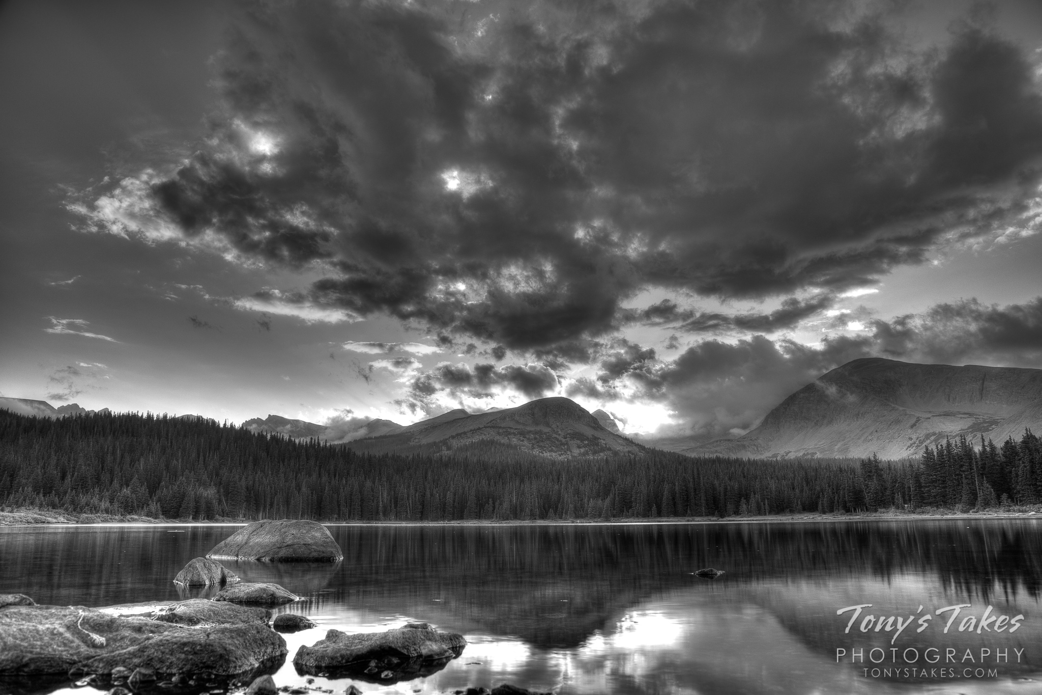 A sunset in Colorado's high country in black and white.  (© Tony's Takes)