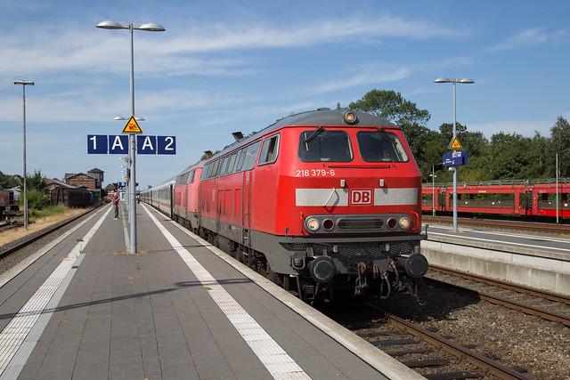 DB 218 379 + 218 830 Niebüll