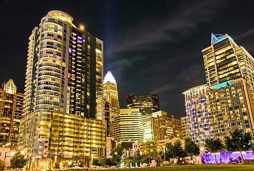 charlotte north carolina nc tarheel queencity downtown night skyline lights nightphotography dark park