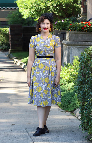 1940s rayon poppy dress with New York Creations hat | by polka.polish