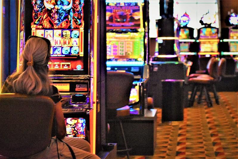 Игровой автомат lucky haunter 2