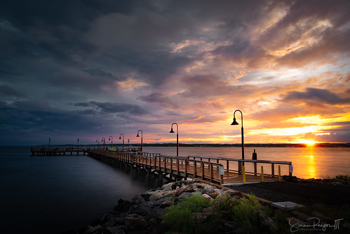 2018 august dusk evening longislandsound longexposure nisifilter newhaven newhavenharbor park pier summer sunset waterfortnathanhale connecticut unitedstates us