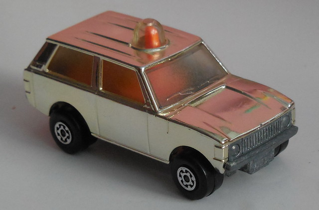 German special issue Matchbox Rollamatic champagne chrome plated #20 Range Rover