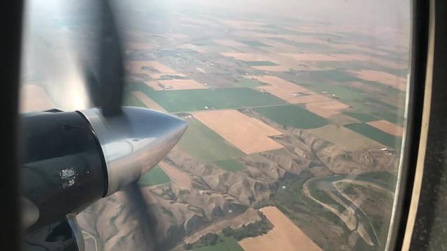 Air Canada - Calgary to Lethbridge, Alberta, Canada