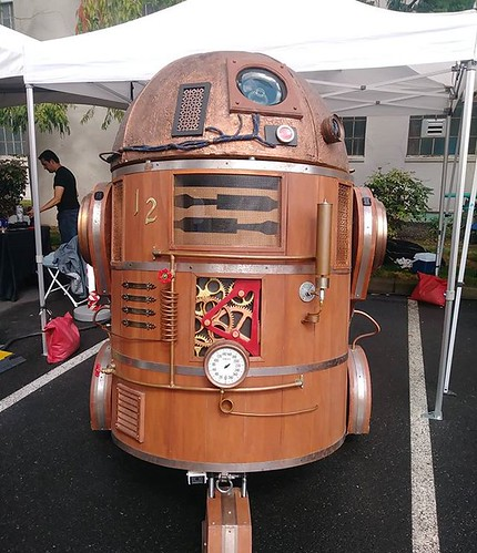R2-D2 at the Portland Mini Maker Faire hosted by @omsi  #makerfairepdx | by Low Voltage Labs