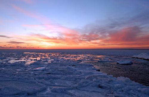 winter sunset seascape cold ice geotagged capecod massachusetts shoreline buzzardsbay northfalmouth oldsilverbeach geo:lat=4162384 geo:lon=70639901