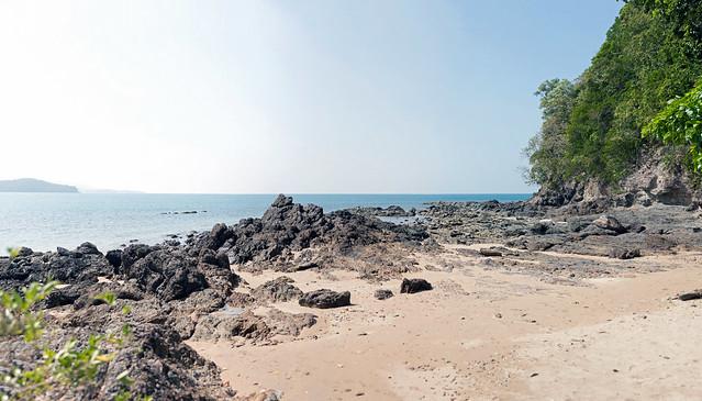 Empty Beach - _TNY_1979P3