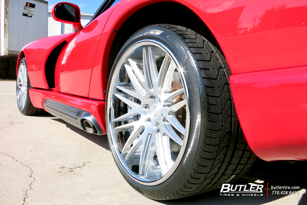 Dodge Viper Tires >> Dodge Viper R T With 19in Front And 20in Rear Ag Luxury Ag