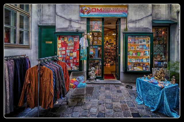 Wien_Mariahilfer Straße_Raimundhof_Österreich_Austria