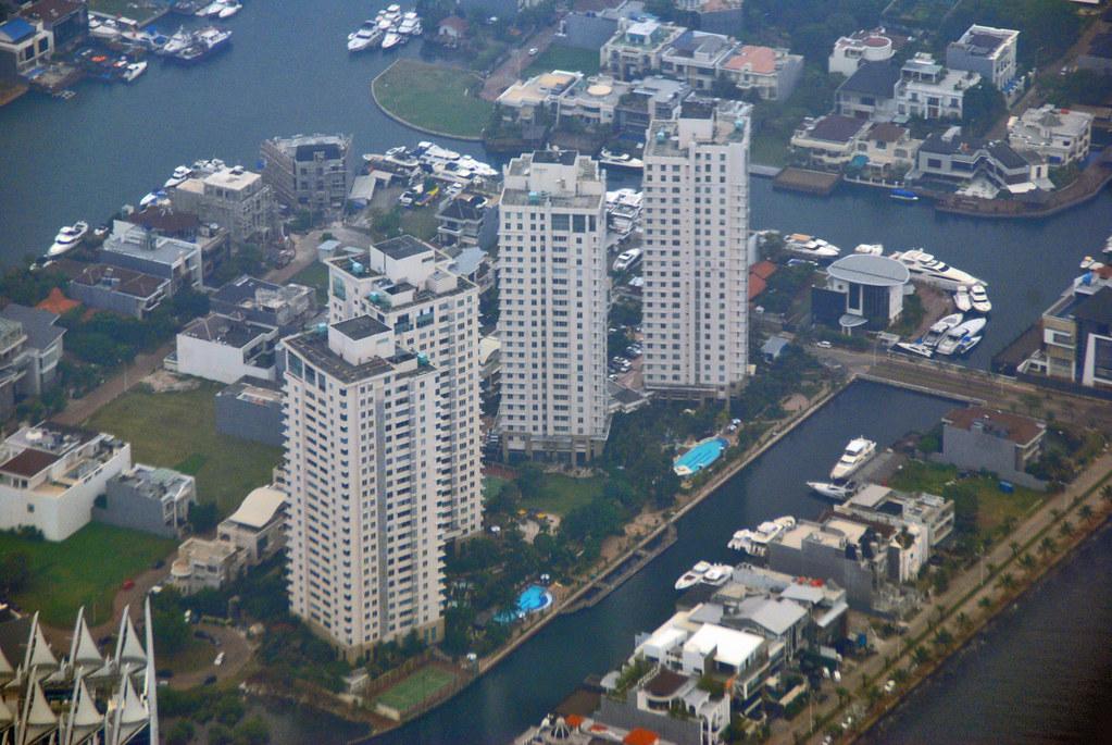 Apartemen Pantai Mutiara