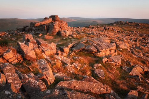 tor tors dartmoor rocks landscape landscapes landscapephotography red alien planet sunset sun colour rust devon canon england efs1585mmisusm eos80d rock geology