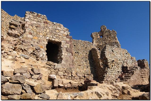 El (nou) Castell de Montbui, Bigues (el Vallès Oriental)