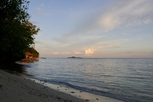 Sunset at Warimpurem Homestay, Waigeo, West Papua | by isapisa