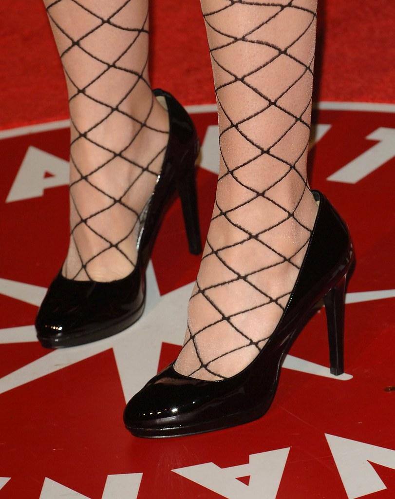 sarah silverman feet
