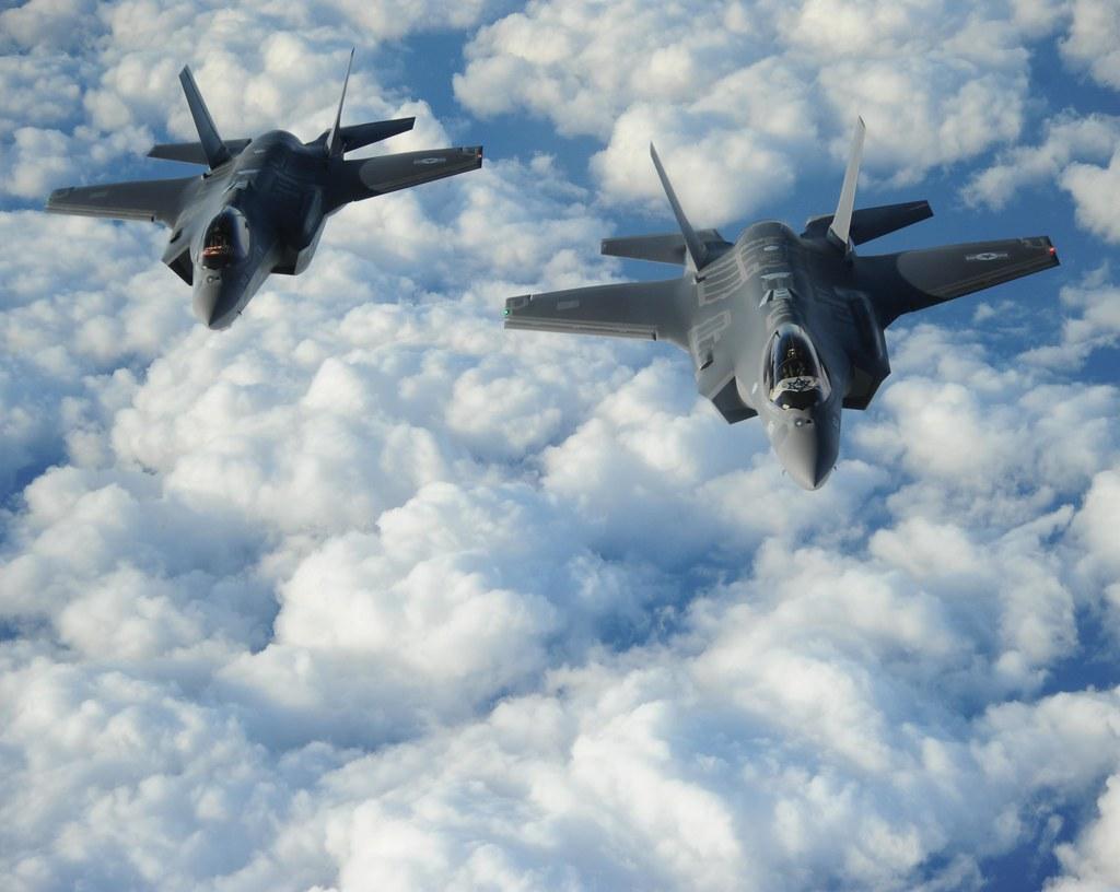 "Two Israeli F-35 ""Adirs"" | Two Israeli F-35 ""Adirs"" fly in f… | Flickr"