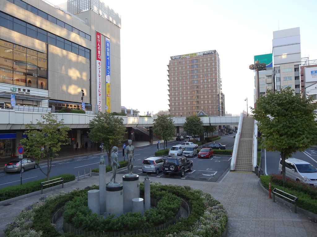 西口駅前#4