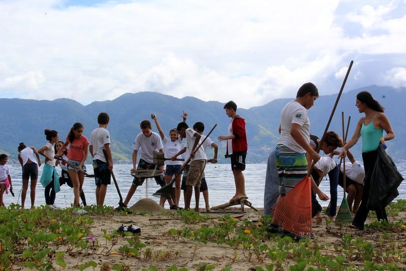 cuidando da praia beachsoccer (16)
