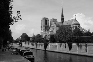Notre Dame de Paris | by DarkB4Dawn