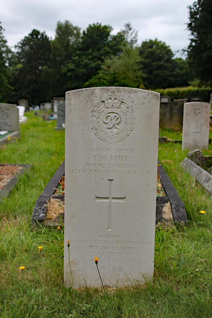 Grave of Sapper Thomas W Rudd, Royal Engineers, Haycombe C