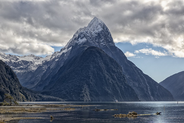 Mitre Peak - Milford Sound - Fiordland - South Island - New Zealand