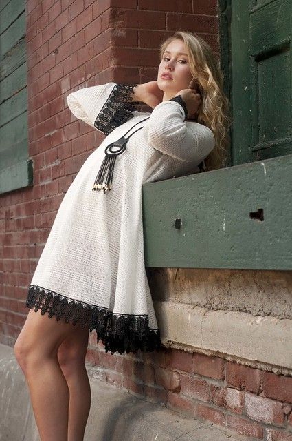 White Dress 'Annie'