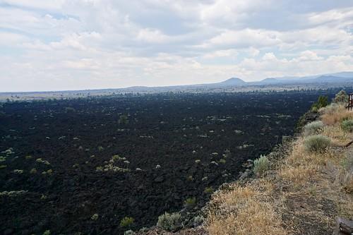 Lava Flows   by cavegraphics