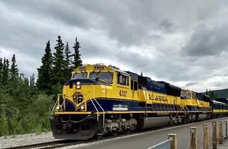 Alaskan Railroad arriving at Denali National Park station