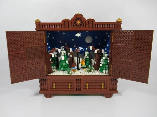 The Wardrobe (Narnia) Lucy & Tumnus | by bricksom
