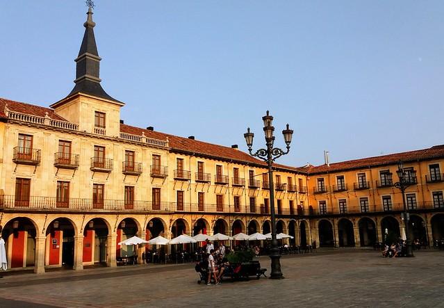 Plaza Mayor de Leon. Leon-España.