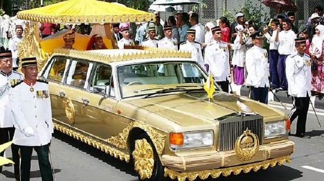How rich is the sultan of Brunei? - Life in Saudi Arabia
