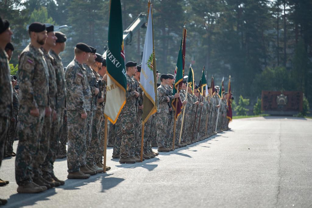 Komandiera maiņas ceremonija