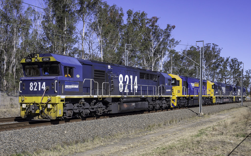 Pacific National loco's 8214 - 8204 - 8240 - 8229 as D712