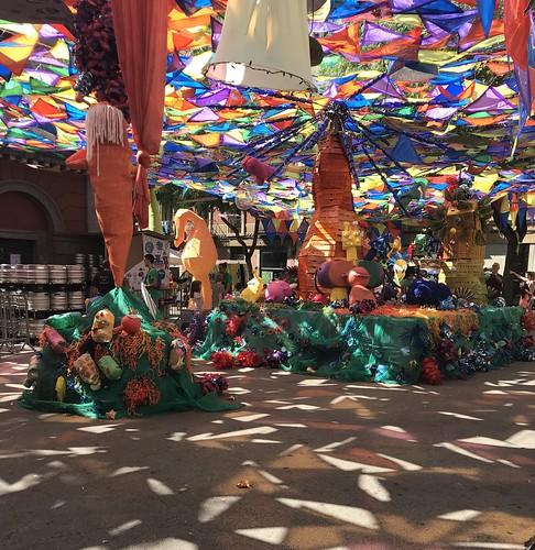 Luces y colores. Vila de Gracia en Fiestas