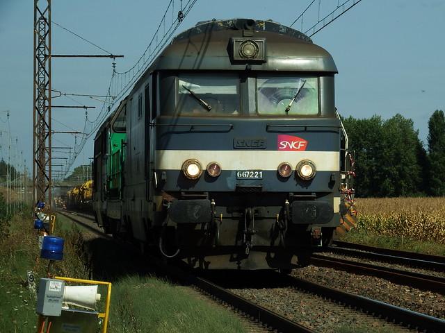 BB 67221 (ex BB 67081) Infra Amboise - Limeray (37 Indre et Loire) 28 Août 2018a