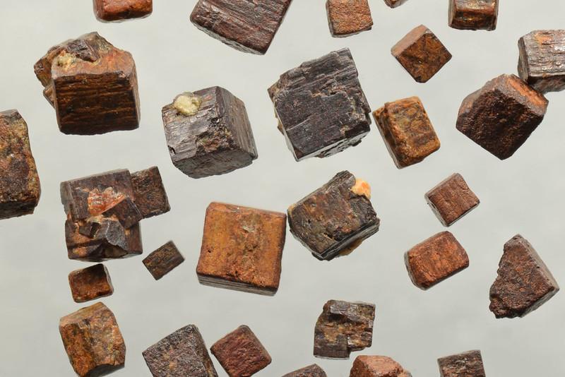 褐鉄鉱 / Limonite