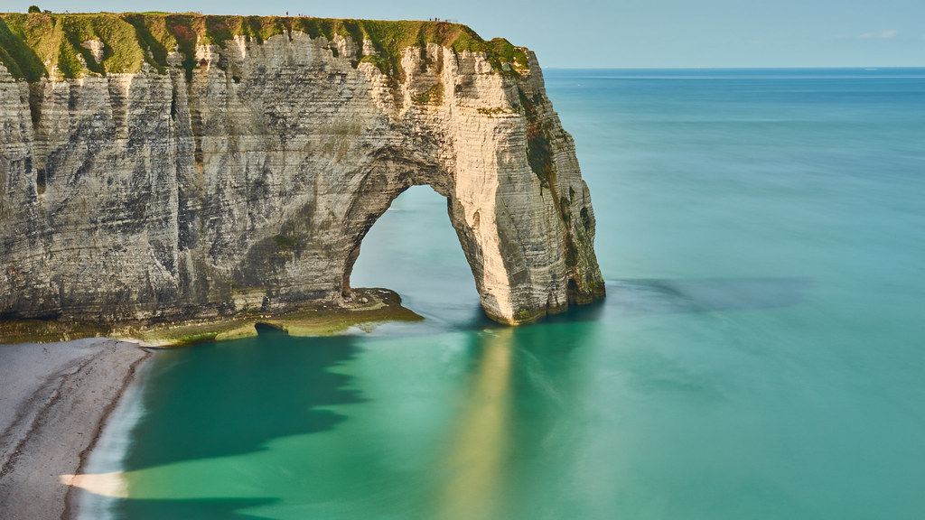 La Manneporte Falaise D Etretat Normandie The Rock Fo Flickr
