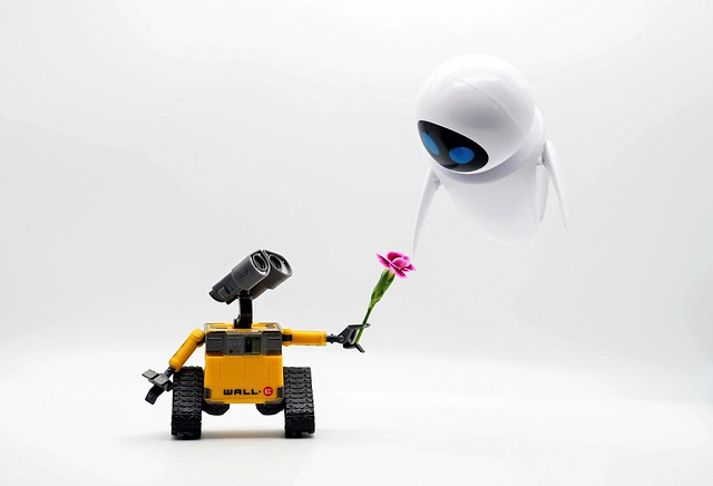 Hovering, Hovering, Hovering Heights. Evey It's Me, I'm Wall-E, Come Down Now
