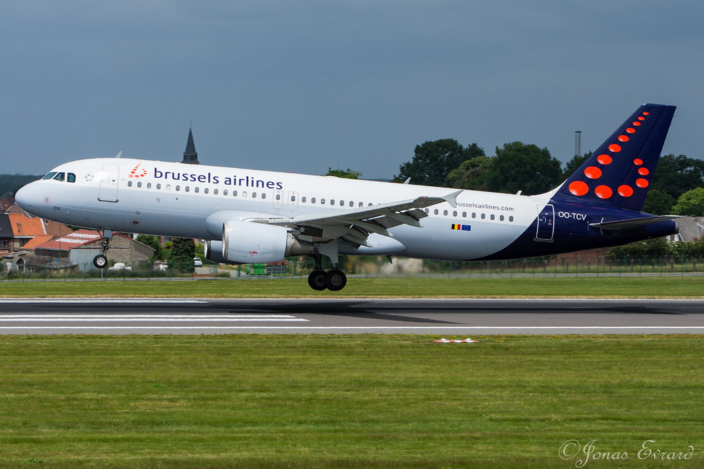 Brussels Airlines / A320 / OO-TCV