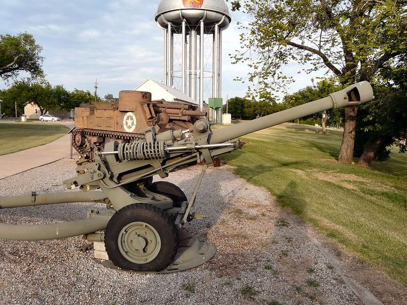 M119 105mm Howitzer 3