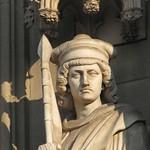 Statue an der Fassade des Kölner Doms