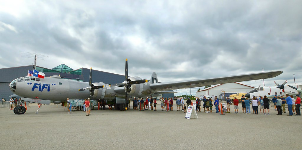 B-29 Superfortress 'FIFI'      Canadian Warplane Heritage