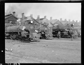 Engines outside shed at Linwood depot, 1950