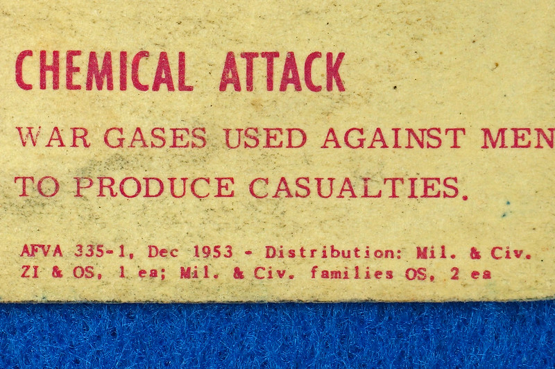 RD24430 1953 Cold War How to Save Your Life in case of Atomic, Biological Attack Pamplet DSC06902