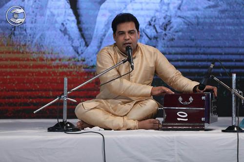 Devotional song by Surinder Sehaj from Preet Vihar, Delhi