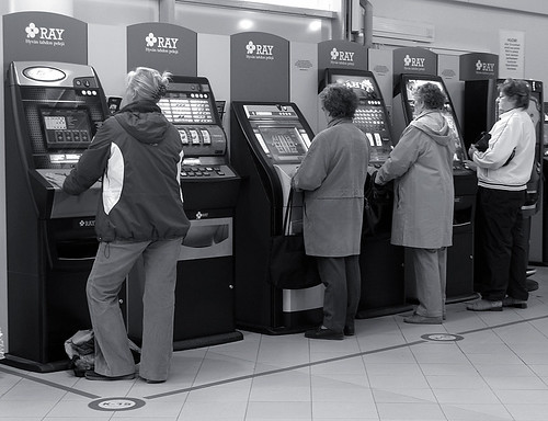 Gambling Women, Trade Centre / Finland, Kotka | by flydime