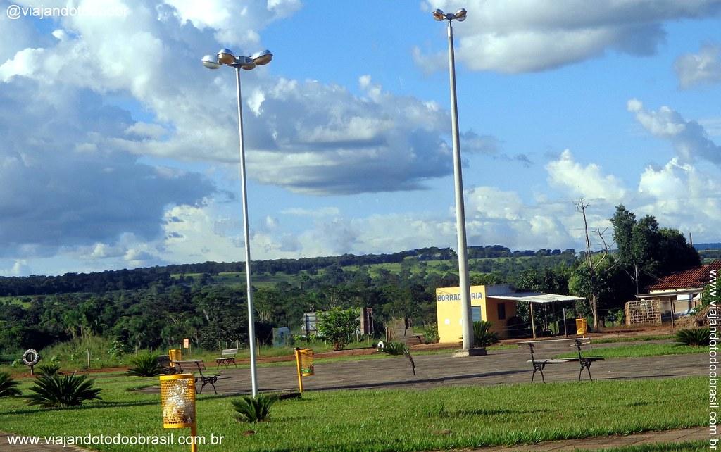 Montes Claros de Goiás Goiás fonte: live.staticflickr.com